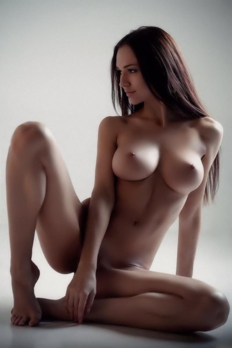 美しい美女のフルヌード!