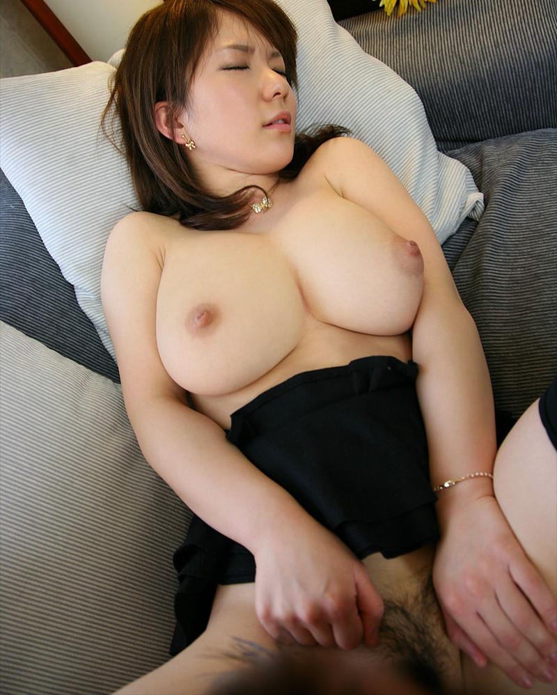 巨乳熟女のセックス!