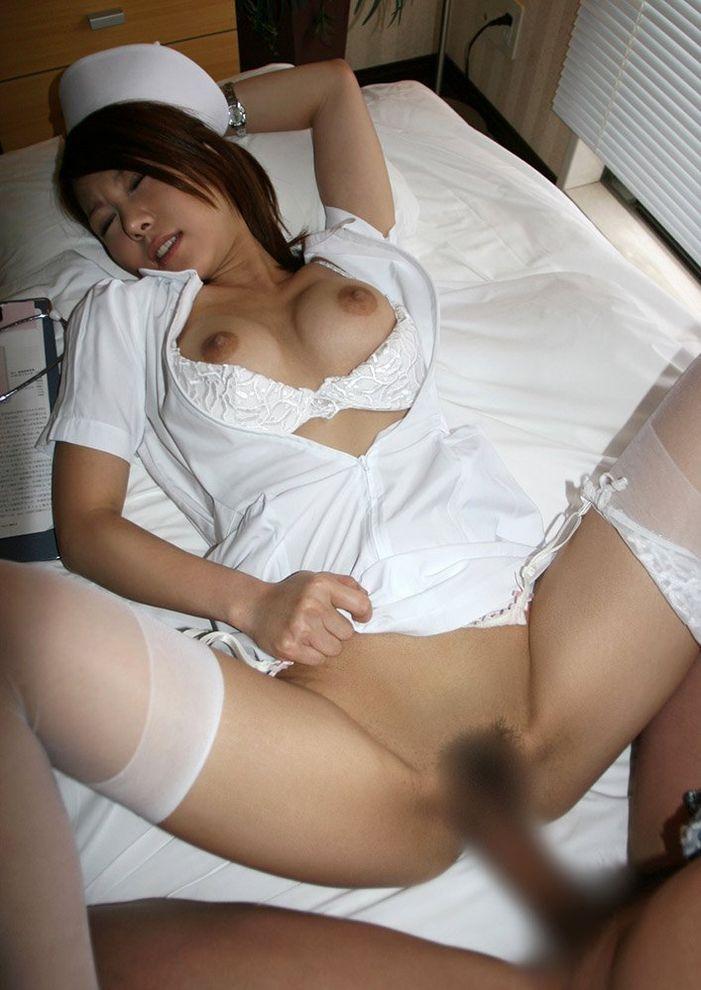 大開脚セックスにドキドキ!