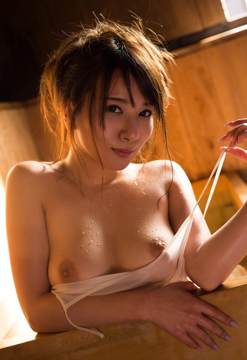 美人なお姉さんのパイチラ!