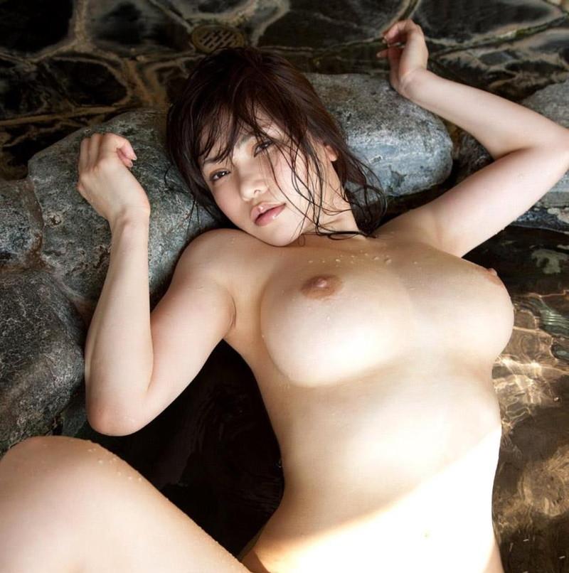 巨乳がエロい美女!