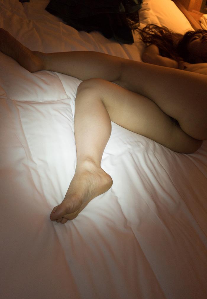 綺麗な脚に大興奮!