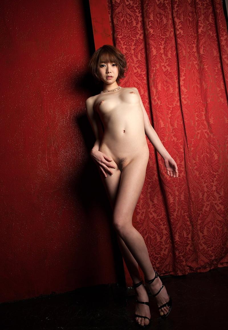 スレンダー美女ヌードが美しい!
