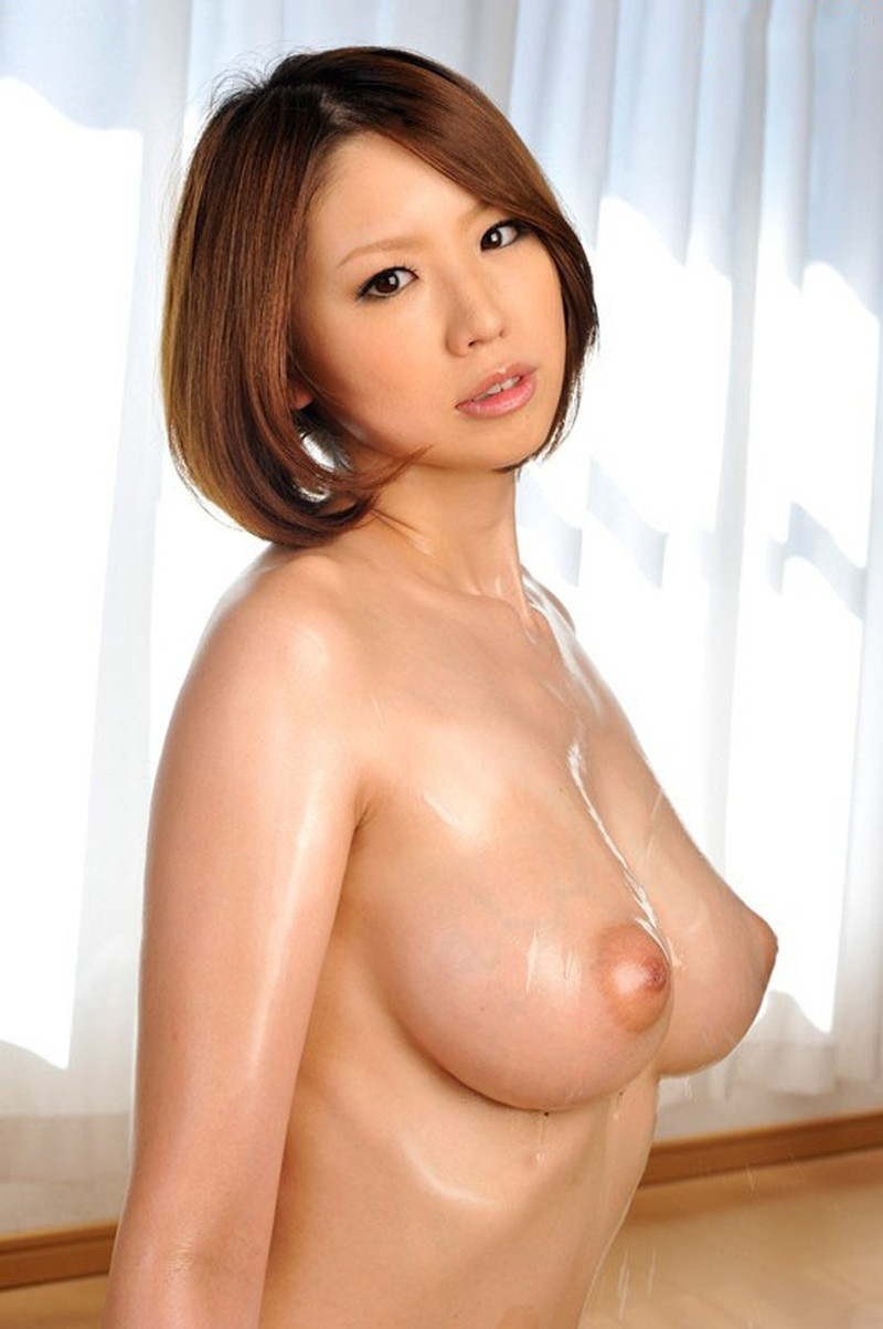 綺麗な乳首とトロトロおっぱい!