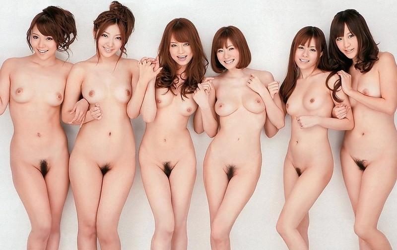 6人の裸を一気に見れちゃう!
