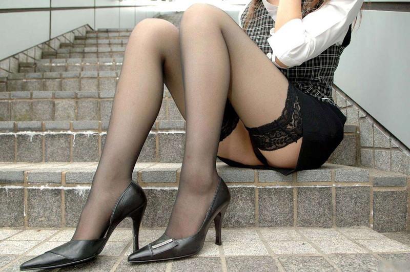 ヒール履いて更に美脚際立つ!