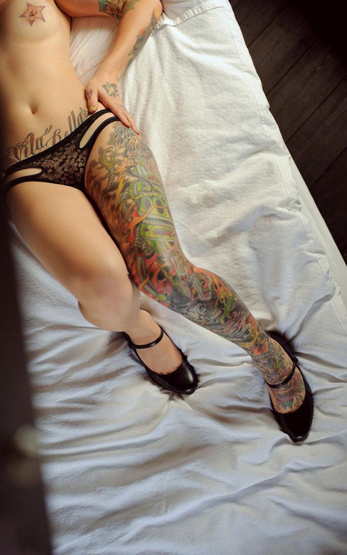 パンツなのかタトゥーなのかそれが問題だ!