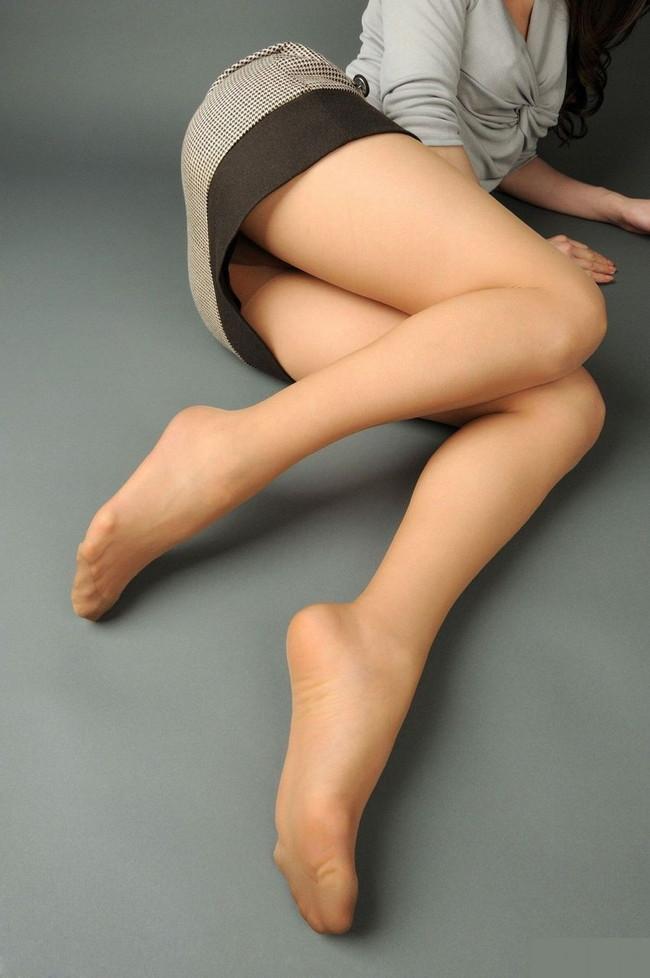 美脚の先には足の裏!