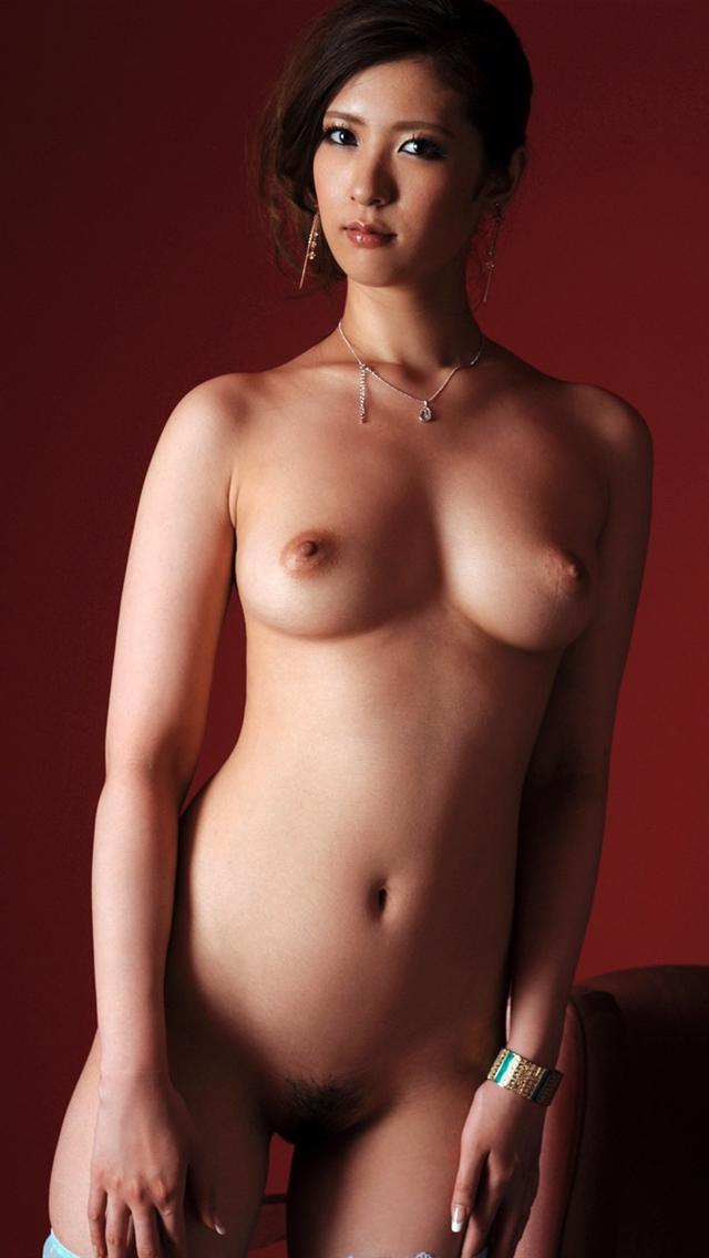 綺麗なお姉さんの裸に興奮!