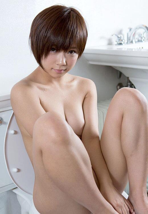 紗倉まなさんの全裸がそそる!