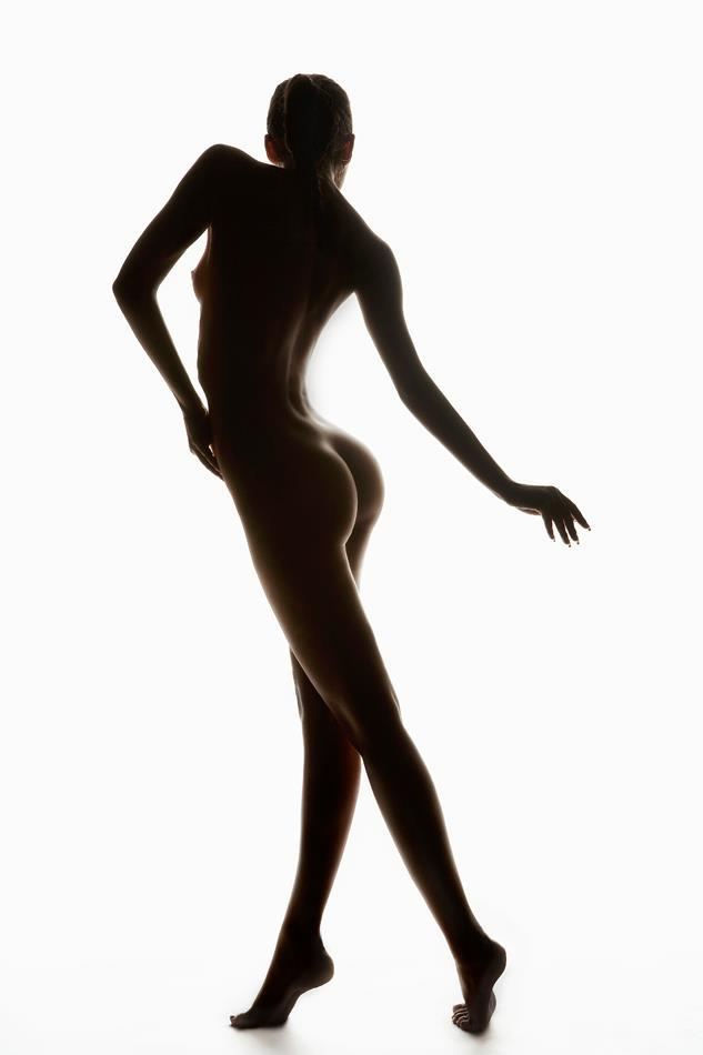 美しい裸が堪らんぞ!