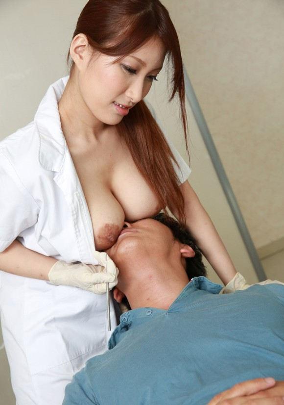 生乳乗っちゃう歯科衛生士!