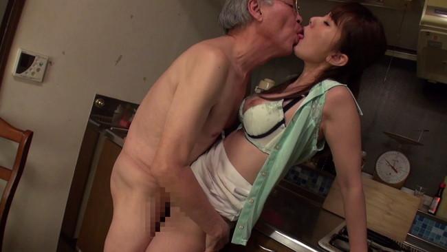 この年になっても立ち位でセックス!