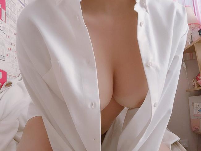 裸にシャツがエロいから…