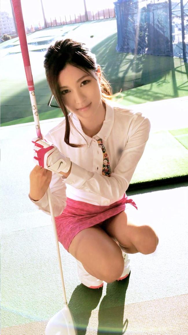 ゴルフで気になるパンチラ!