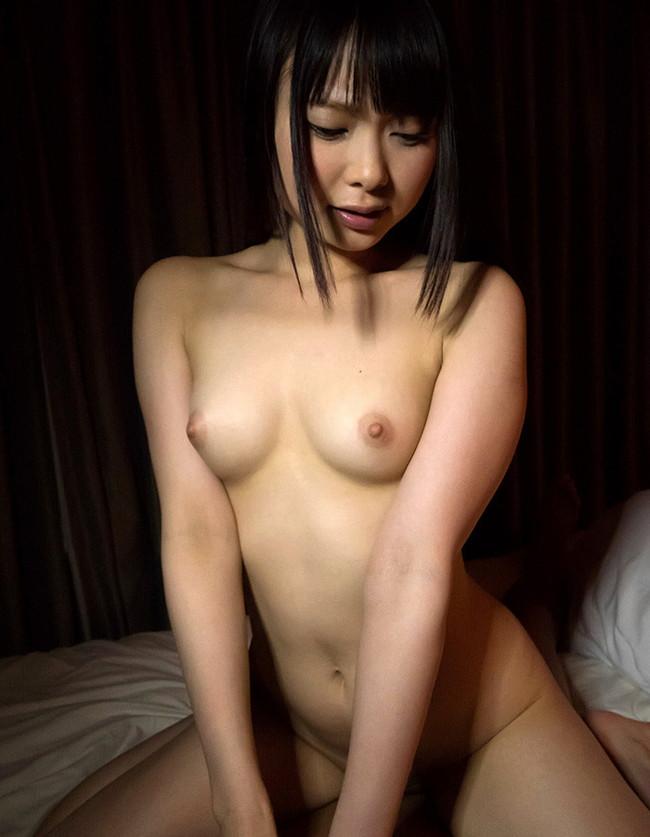 美少女が全裸でセックスしてるとこ!
