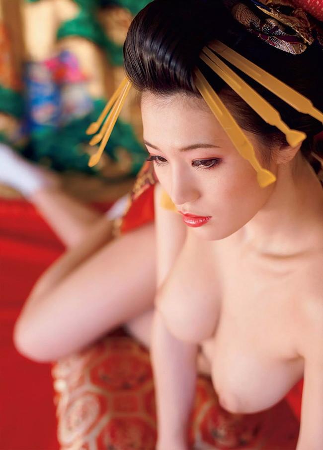 全裸姿が美しい!