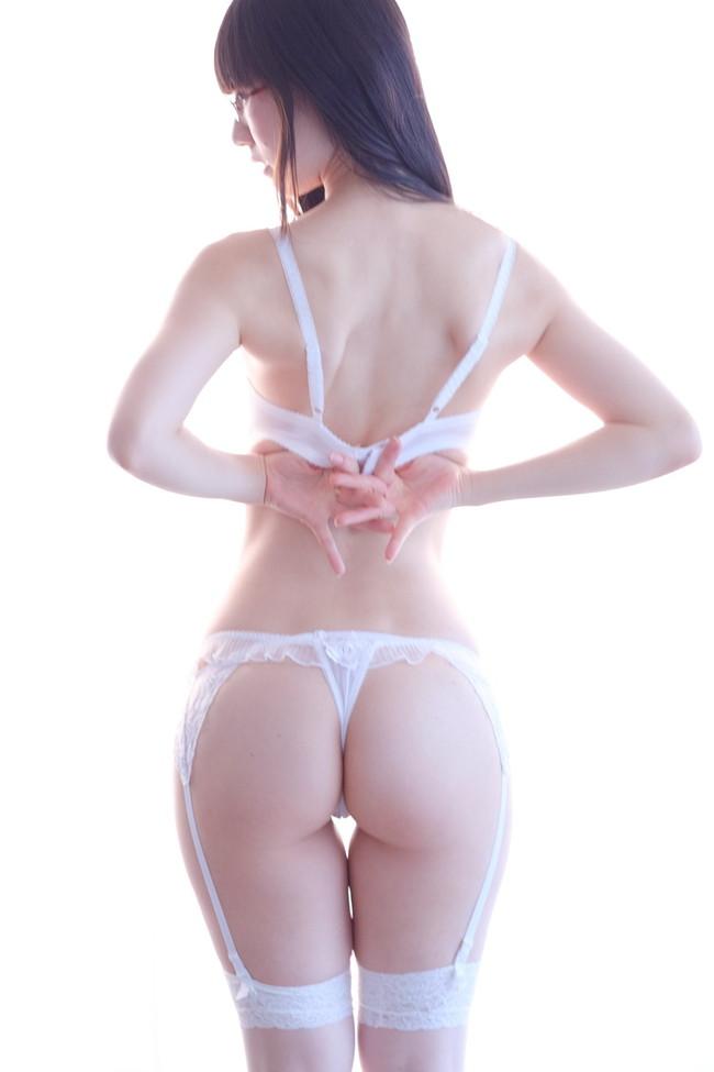 純白セクシーランジェリー