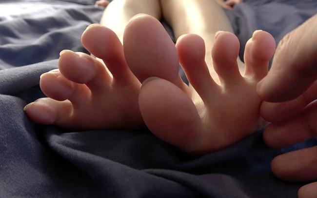 長い足指だなぁ